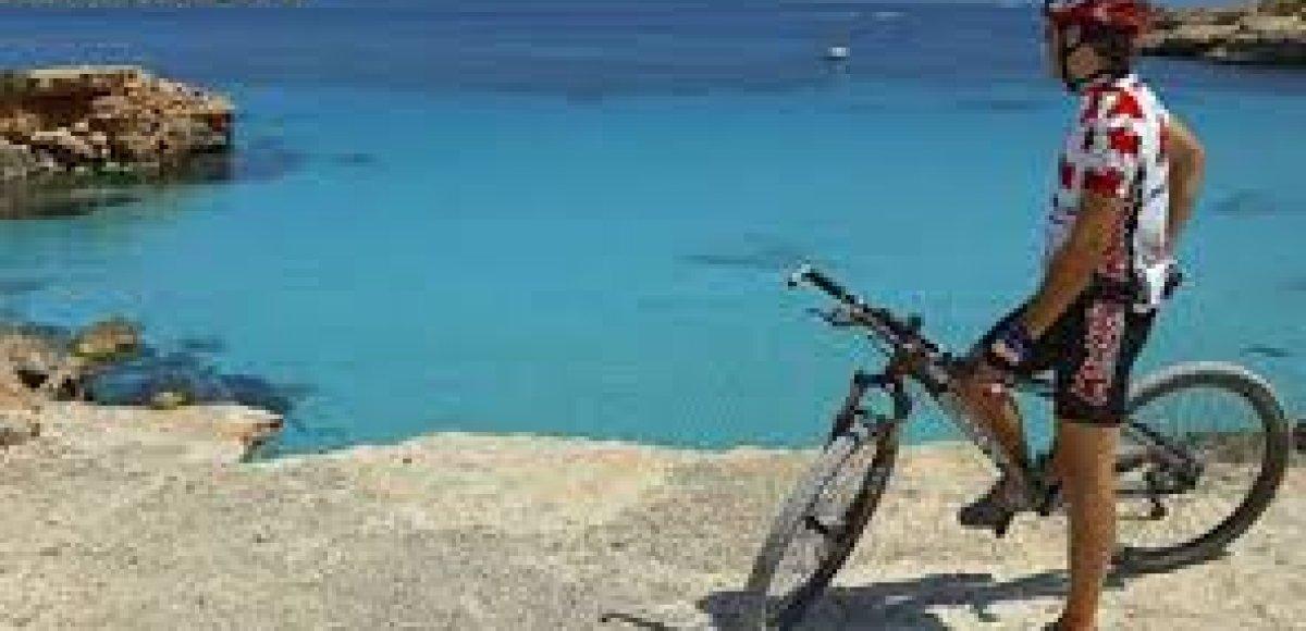 Ibiza verkennen op de fiets!