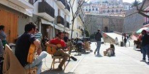 Wat een meivakantie naar Ibiza zo speciaal maakt