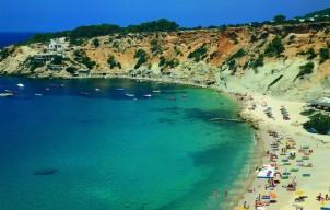 De 5 Stranden die je gezien moet hebben op Ibiza