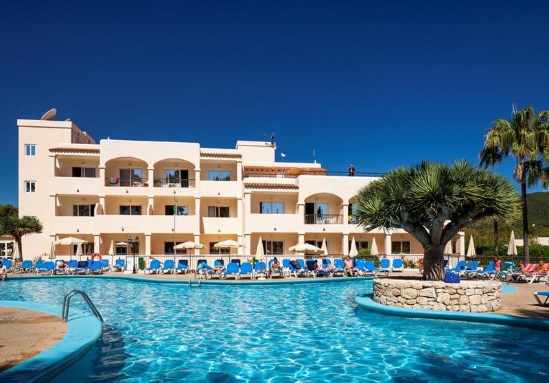 Invisa Figueral Resort (2)